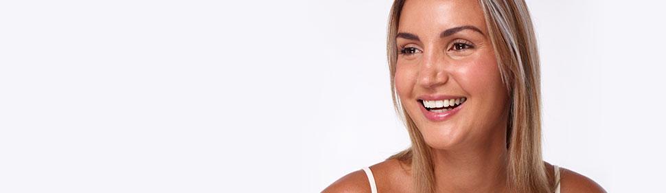 Όταν αναζήτησα λύσεις για να ισιώσω τα δόντια μου, η επιλογή ήταν προφανής: Invisalign